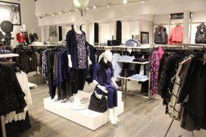 Årets butik 2015. Butiksindretning og butiksinventar - Horsens med podie / Kampagne område