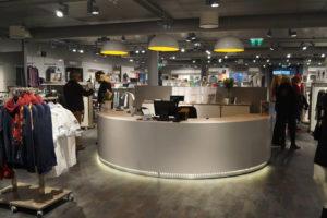 Indretning af butikker med butiksinventar, butiksindretning og mannequiner fra European mannequins & Shop