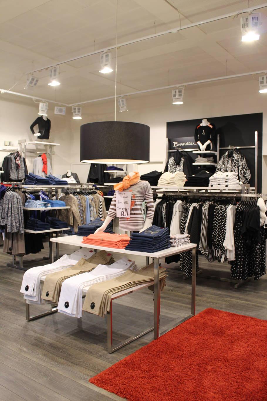 Effektivt salgs område, hvor salgsbordene rummer mange varer, og torsoen øger salget pga. den udstillendene effekt
