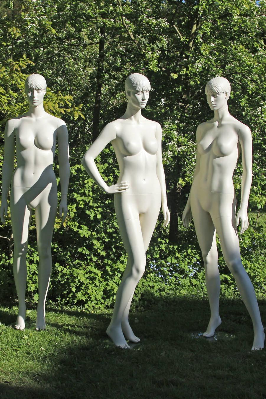 mannequiner i 6 forskellige positioner