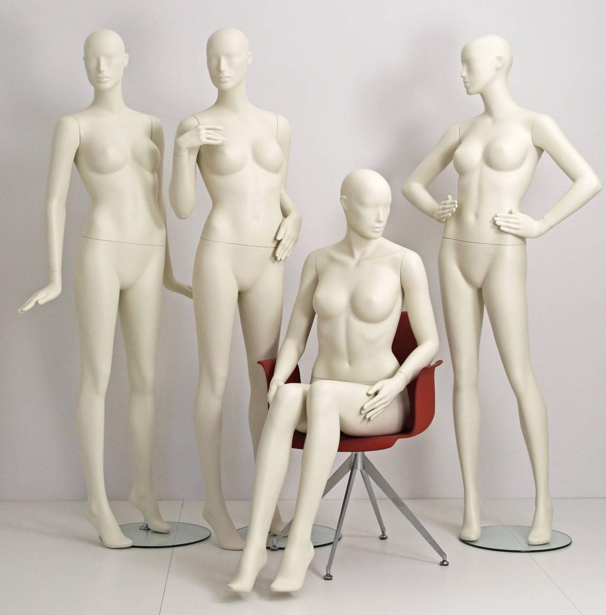 Design mannequin i 9 forskellige positioner som kan leveres i alle farver direkte fra lager.