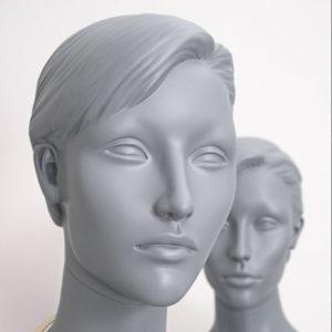 Stilistisk dame mannequin - modegrå