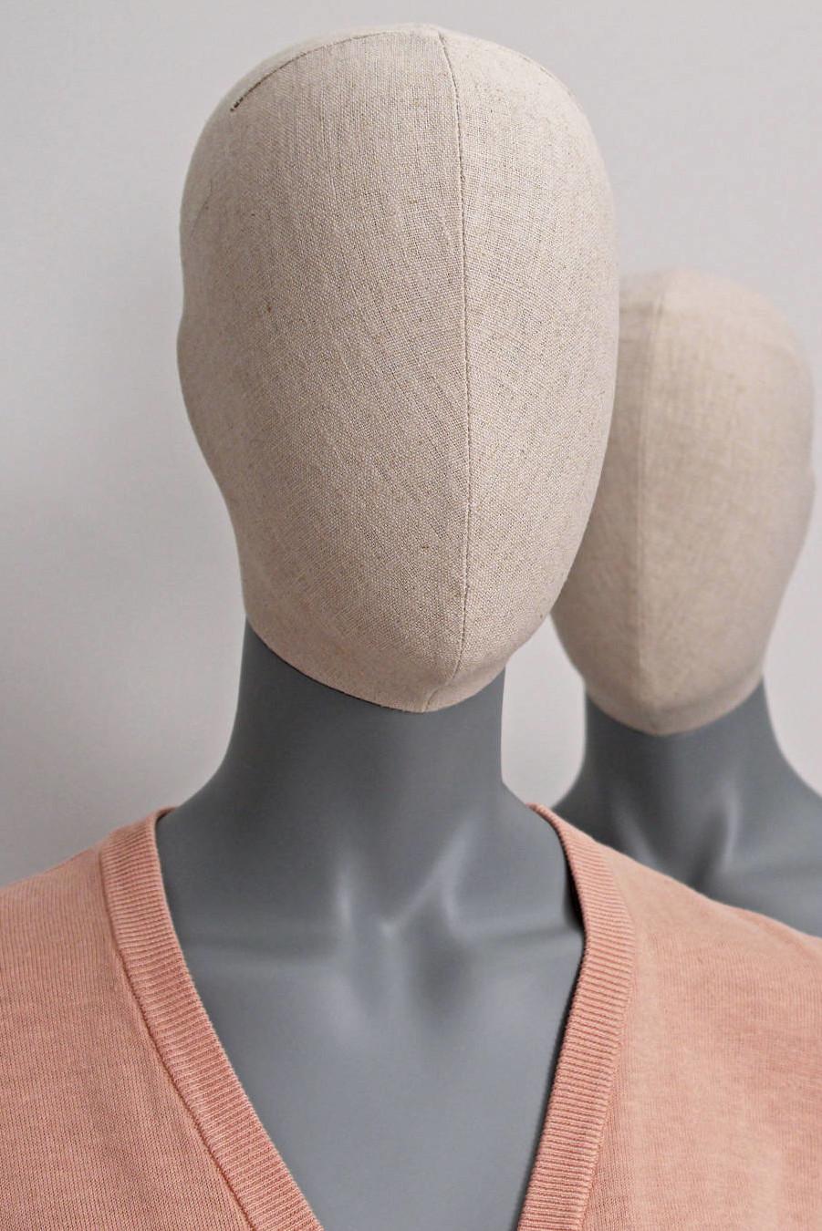 Dame mannequin med vintage look til brug i modebutikker, på messestande og andre udstillinger.