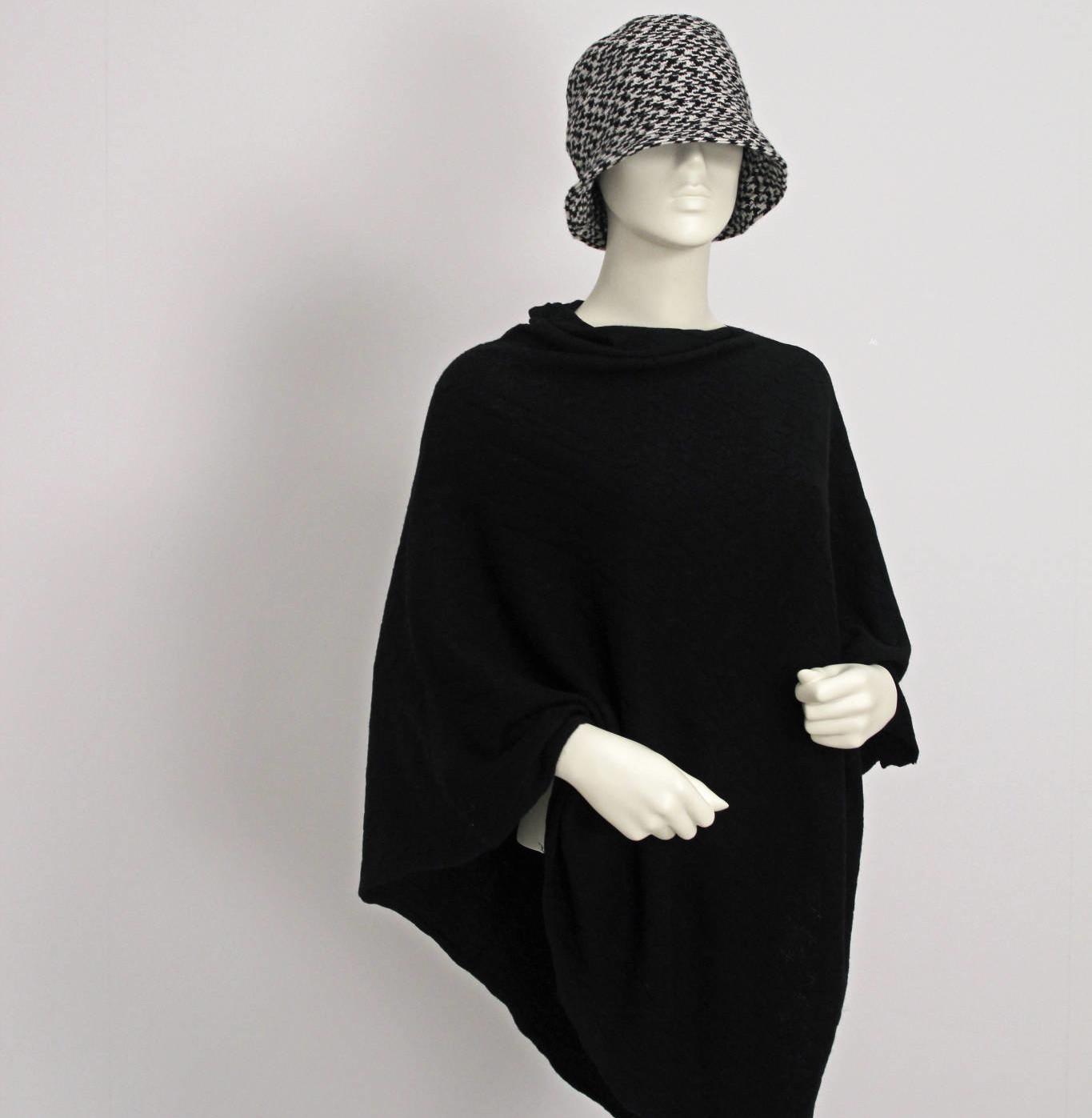 Dametorso med yndefuldt og feminint udtryk som også kan anvendes sammen med mannequin serien af samme design
