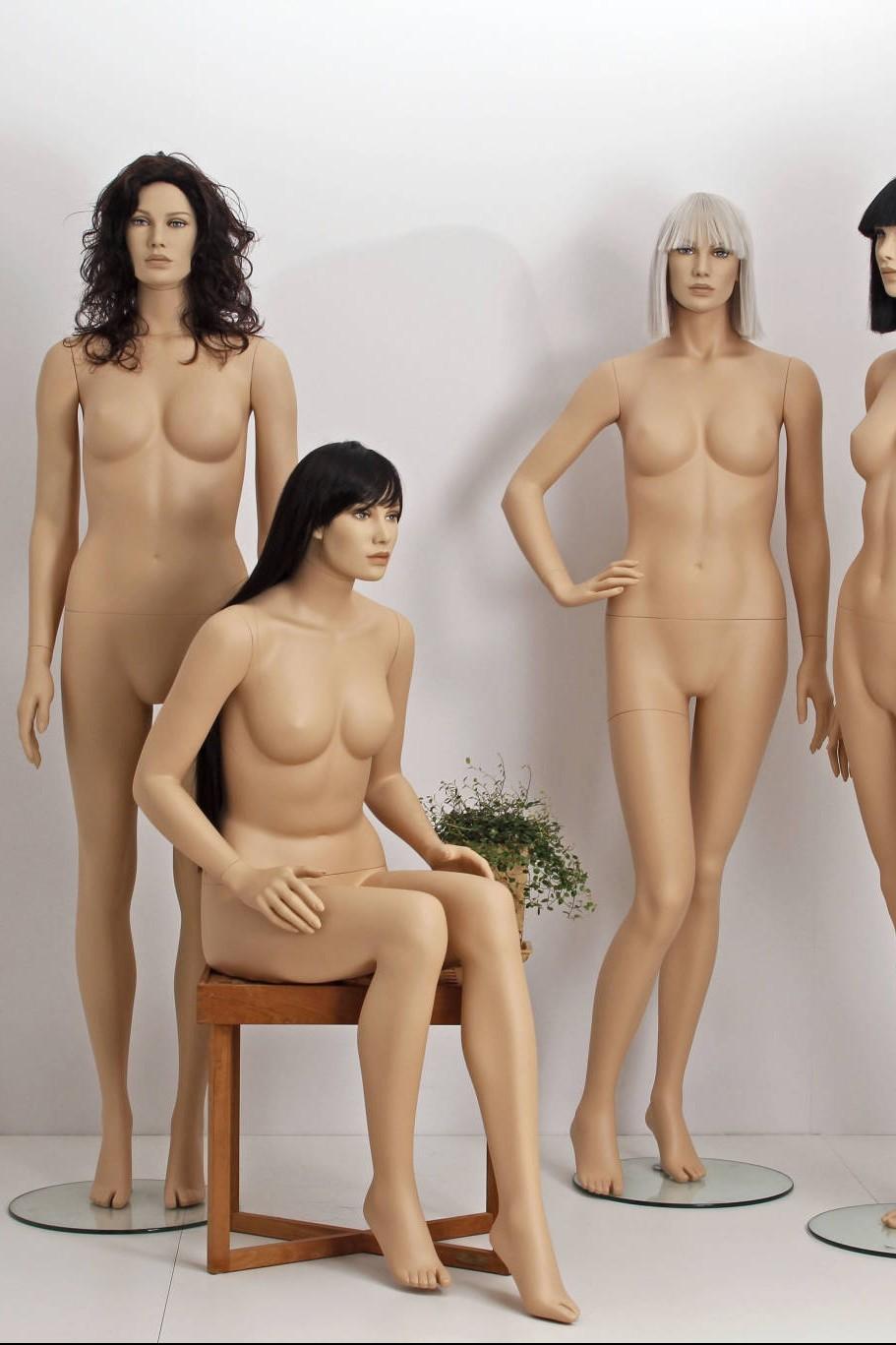 Naturalistiske mannequiner i super god kvalitet fra Diana serien, som leveres i størrelse 38