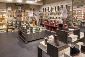 Butiksinventar til sko koncept i Norge. Butiksindretning og mannequiner