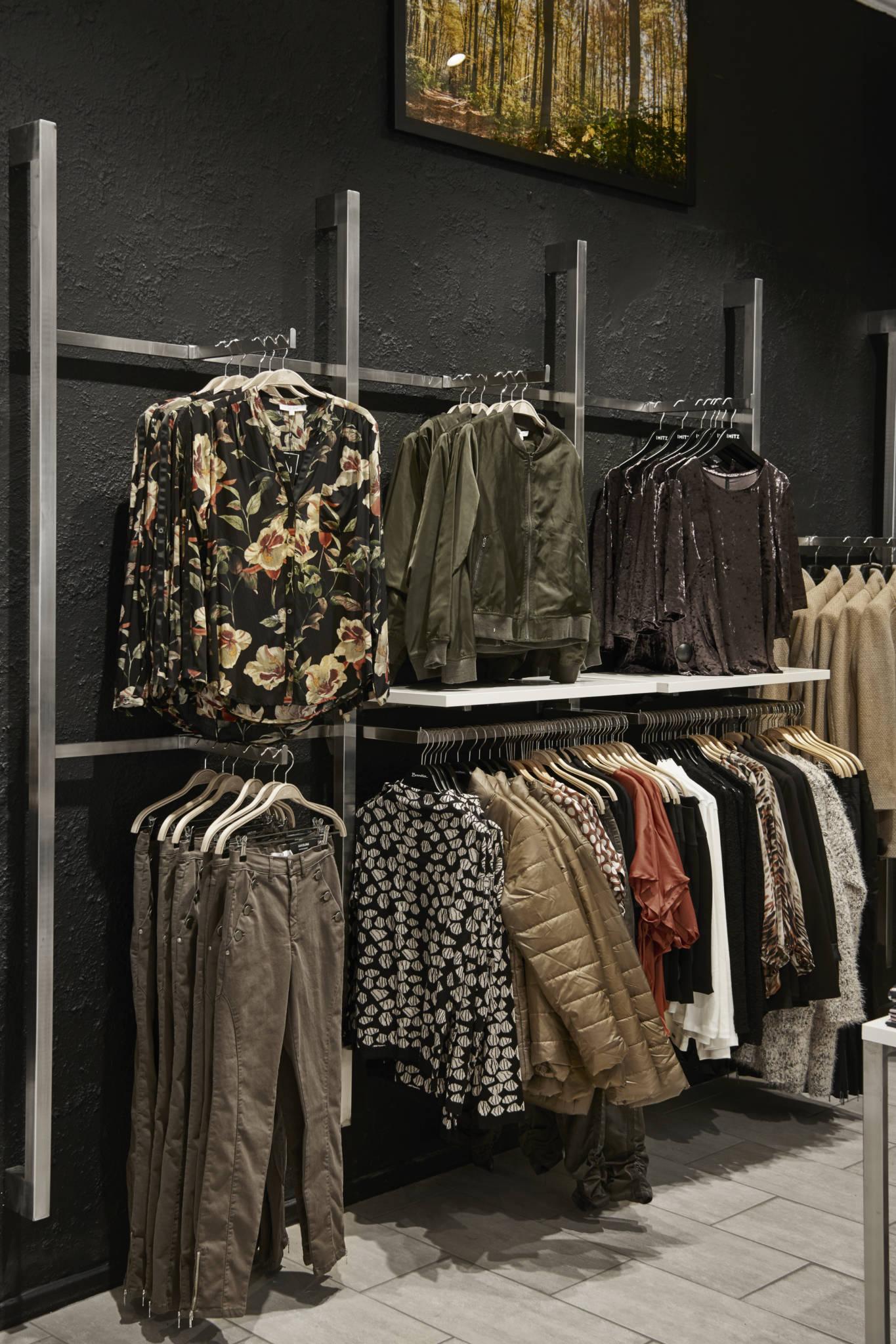 Billig butiksindretning og inventar fra European Mannequins & Shop.